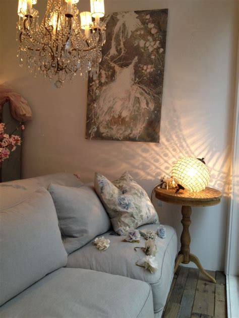 rachel ashwell shabby chic couture store comfy sofa