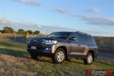 land rover pajero toyota landcruiser series 200 review 2016 landcruiser sahara