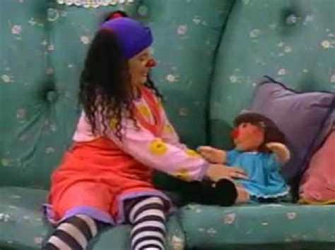 youtube the big comfy couch big comfy couch i feel good belly button song youtube