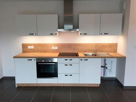 cuisine installation cuisine installation installer hotte aspirante id es de