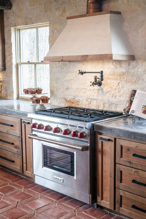 Fixer Upper A Family Home Resurrected In Rural Texas Chip Gaines Concrete Countertops