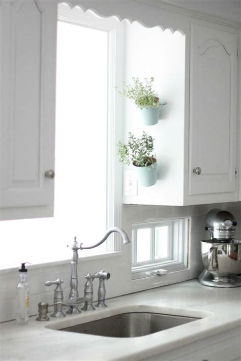 Hanging Herbs In Kitchen Window by Indoor Herb Garden Ideas Creative Juice