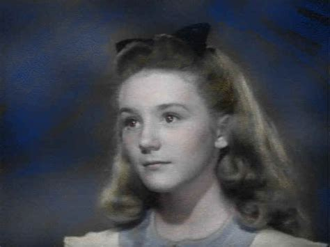dorothy gale hairstyles do you think that alice s hairstyle looks like dorothy