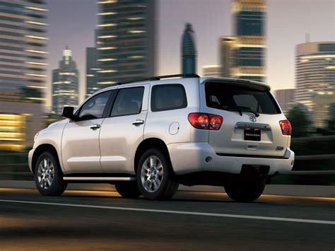Toyota Sequoia Specs Toyota Sequoia Technical Specifications And Fuel Economy