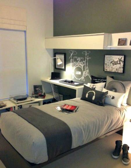fortnite bedroom 12 budget conscious ideas for your boy s bedroom