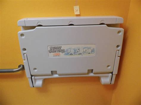 Sturdy Changing Table Sturdy Station 2 Changing Table Schlotsky S Fargo 2 K Bid