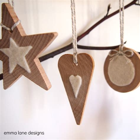 Handmade Wooden Decorations - 5 wooden decorations designs