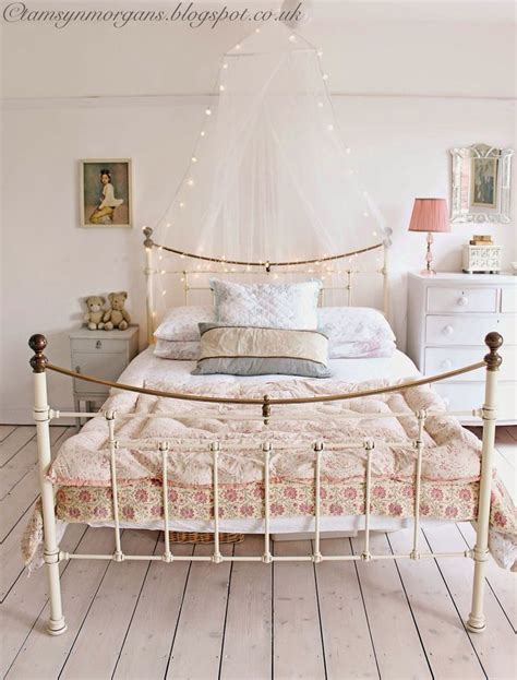 ideas  vintage style bedrooms  pinterest