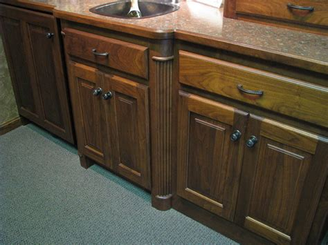Kitchen Cabinets Milwaukee by Decorative Legs For Base Cabinets Traditional Kitchen