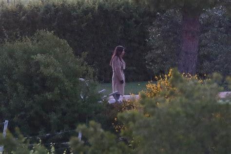 Emily Ratajowski Nude Filming Hot Celebs Home