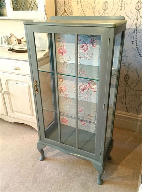 shabby chic display cabinet 22526 best all things chalk paint images on pinterest