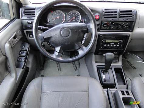 auto manual repair 2004 isuzu rodeo interior lighting 2004 isuzu rodeo s gray dashboard photo 47256977 gtcarlot com