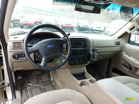 Ford Explorer 2002 Interior by Medium Parchment Interior 2002 Ford Explorer Xlt 4x4 Photo