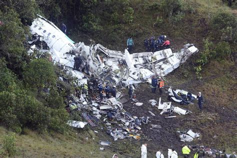 how to survive a plane crash what can tragedy teach us