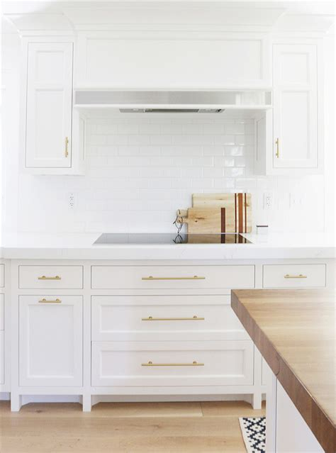 white cabinets with antique brass hardware white cabinets with antique brass hardware 28 images