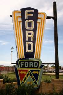 Ford Sign Vintage Ford Neon Sign St Charles Il Flickr Photo