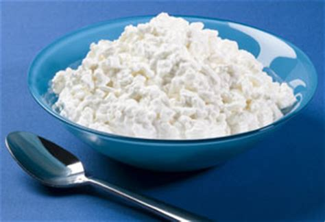 cottage cheese before bed why you should eat cottage cheese before bed