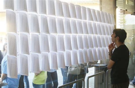 ingresso a medicina firenze in migliaia alla fortezza per il test d ingresso