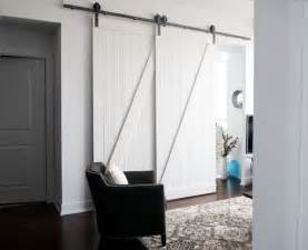 Installing Bypass Closet Doors Best 25 Bypass Barn Door Hardware Ideas On Closet Door Hardware Sliding Barn Door