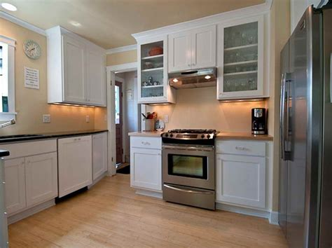Best Cabinets For Kitchen by The Best Paint For Kitchen Cabinets