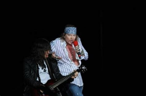 Channeling Axl by Axl To Front Ac Dc Reports Entertainment Showbiz
