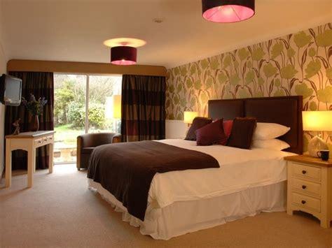 hotel bedroom design  minimalist style  ideas