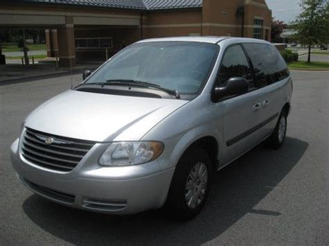 Chrysler Town And Country Mini by Purchase Used 2006 Chrysler Town And Country Mini