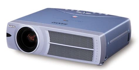 Proyektor Sanyo when to replace your sanyo plc su31 projector l dlp