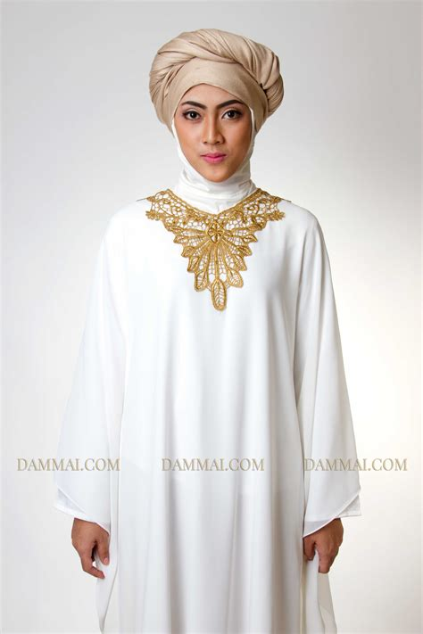 Baju Gamis Amar Putih Kerah Tinggi Bahan Silky golden white kaftan muslim dammai