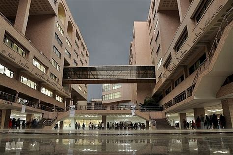 Chittagong Mba by Midrise Architecture In Dhaka Bangladesh Page 3