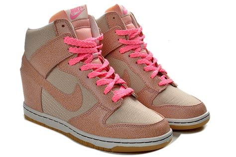 Sepatu Nike Sky Hi Dunk Pink Nike Wedges nike sky high dunks vntg wedges grey pink 543257 040 nike sky high dunk 543257 040