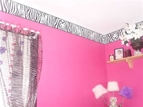 designing a bedroom layout with border stroovi 44 best zebra print wall border images on pinterest