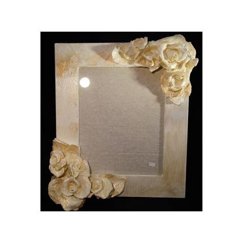 cornice portafoto in cartapesta lavorazione artigianale shop