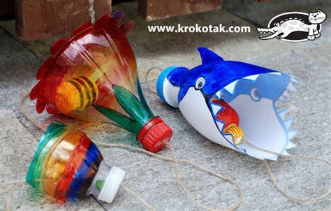 crea tus propios juguetes  botellas de plastico