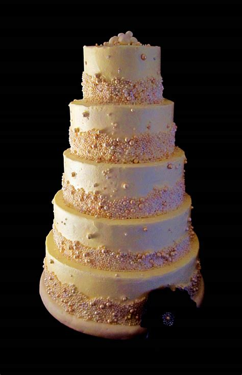 ivory and pearl wedding cake louisville ky the twisted sifter