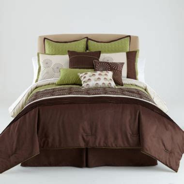 danville 7 pc quilted coverlet set like the color scheme wish i could just get some of the