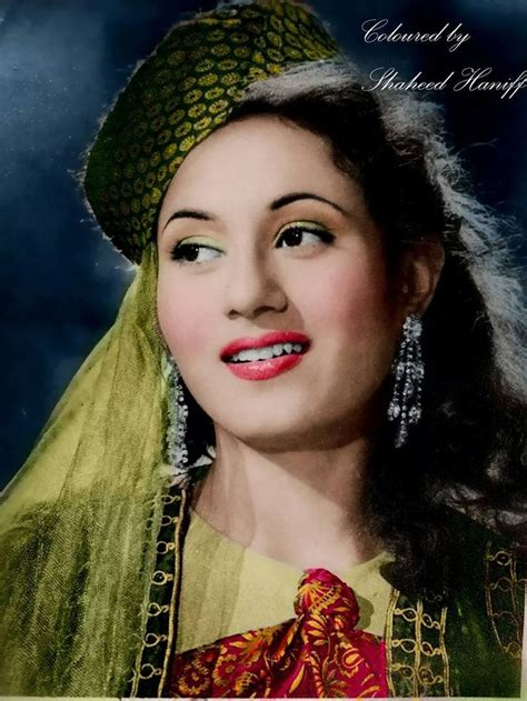 bollywood heroine madhubala 367 best madhubala images on pinterest cinema movies