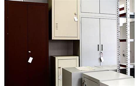 armadietti metallici per esterno armadietti zincati da esterno armadietti per ripostiglio