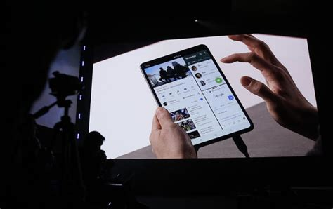 samsungs  foldable phone costs  wdef