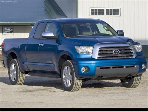 07 Toyota Tundra Toyota Tundra 2007 Front Angle 7 Of 31 800x600