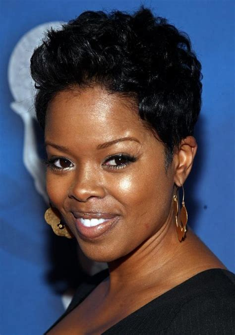 short african american haircuts for a full face short haircuts for round faces african american