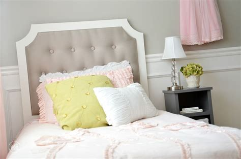 diy upholstered tufted headboard diy tufted headboard home accents furnishings diy