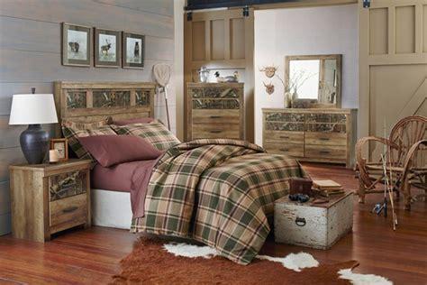 mossy oak bedroom habitat mossy oak wood 2pc bedroom set w panel
