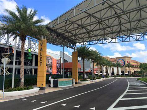 awnings miami fl dolphin mall valet awning miami fl hoover awnings