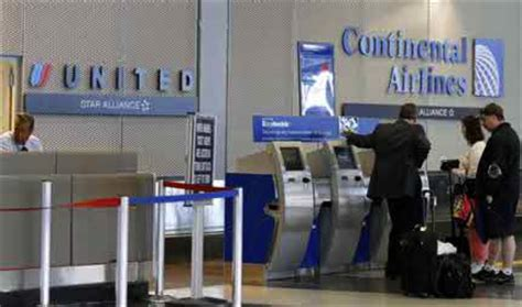 united airlines check in united airlines sued by blind passengers over check in