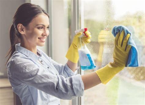 wie oft fenster putzen fenster putzen null streifen voller durchblick so geht
