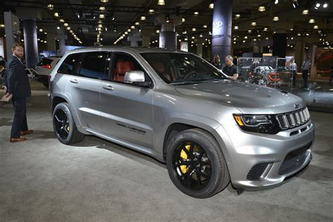 jeep grand trackhawk 2017 new york 2017 jeep grand trackhawk gtspirit