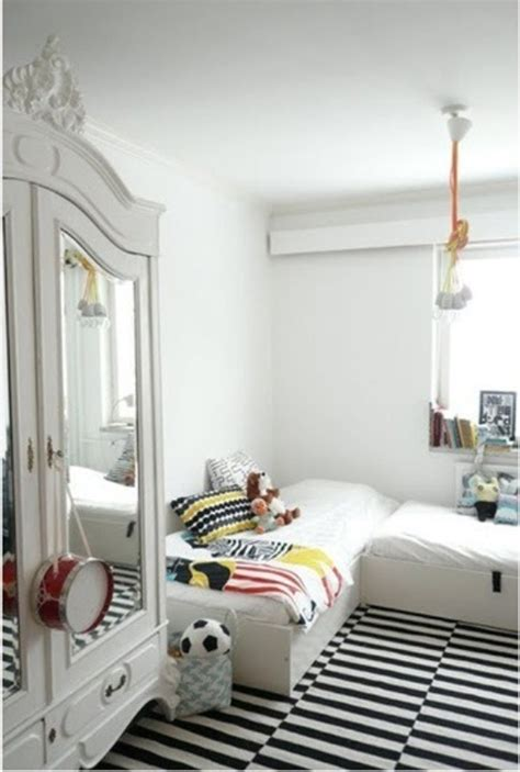 Childrens Room by 20 Stylish Black And White Room Ideas Kidsomania
