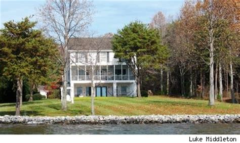 what about bob house famous movie locations the lake house from what about bob moneta virginia