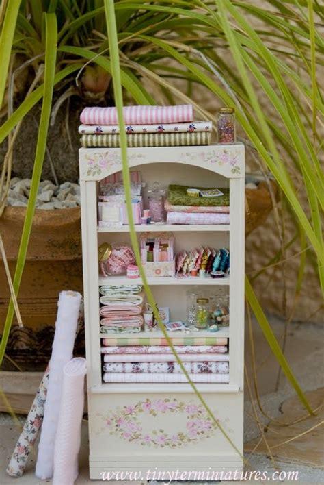 dollhouse kouture 17 meilleures images 224 propos de vitrine miniature et